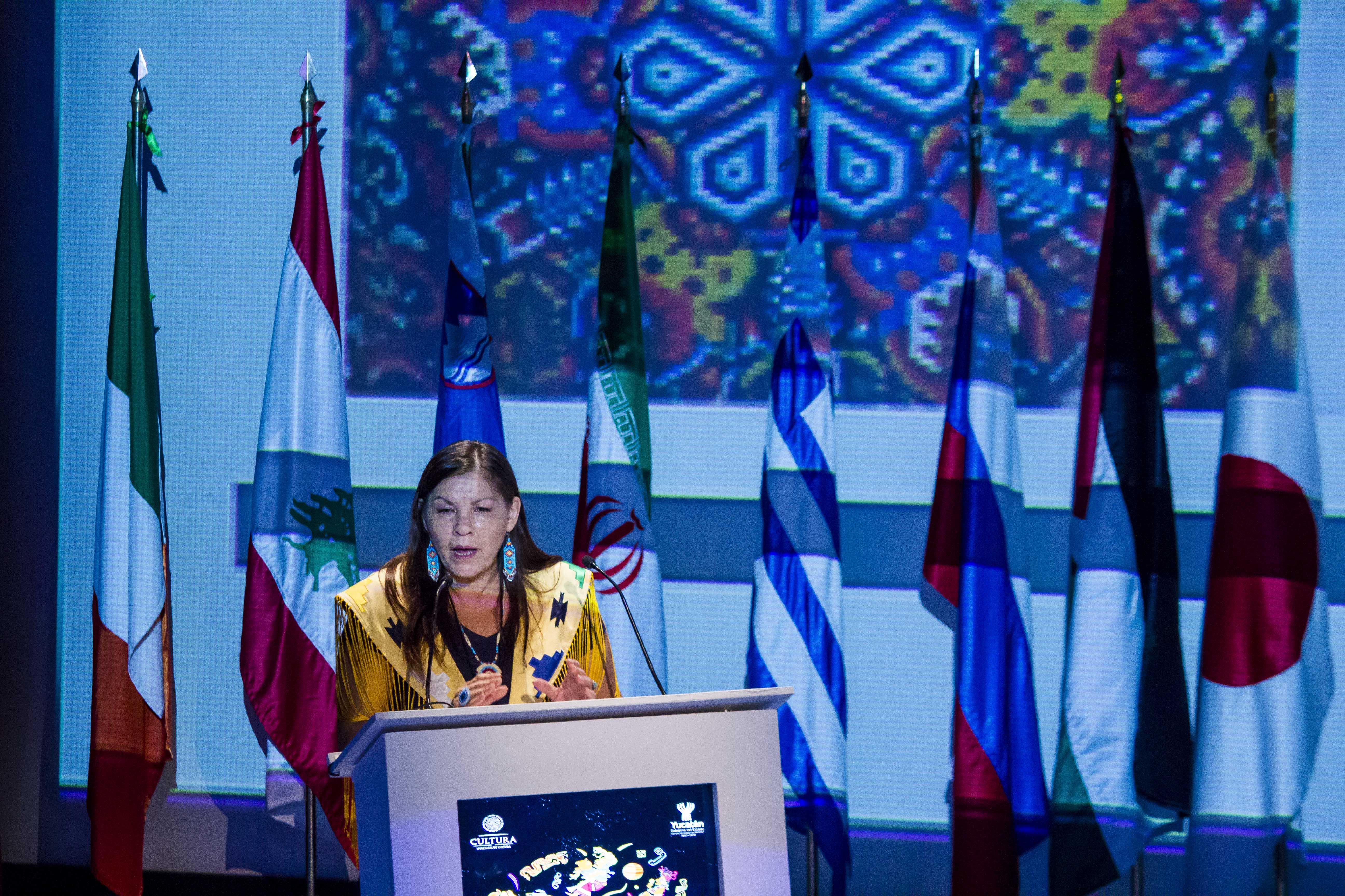 Lucy Pelletier, representante de los pueblos originarios Plains Cree de Canadá